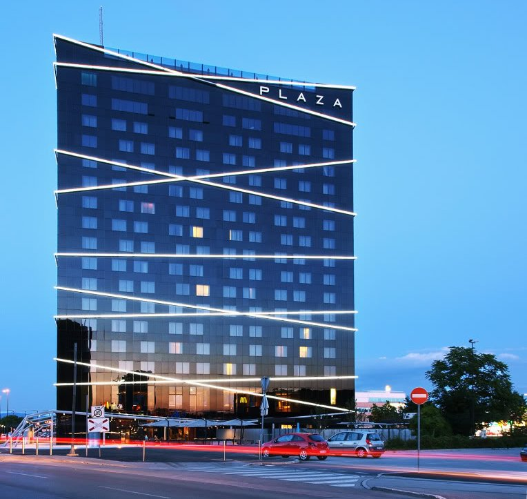 Hotel Plaza, BTC